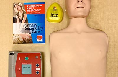 定期的に応急救護のトレーニング受講